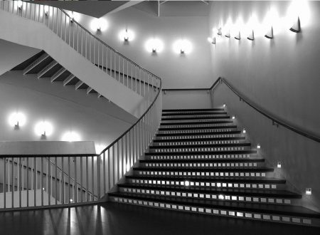 Pre-Purchase Information You Should Know About Stair Led Lighting