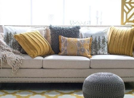 Expert Tips on How to Decorate Your Home with Throw Cushions