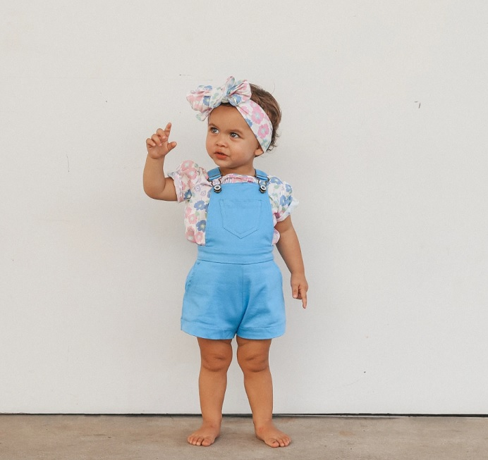 little-girl-in-overall